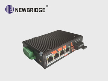 Cina Anti Static 4 Port Industrial Ethernet Switch 10 / 100M Dengan 1 SC Fiber Port 24V pemasok