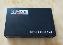 Cina Mini 4K 1.4a HDMI Splitter 1 in 4 out in (1 x 4) HDMI Splitter, Mendukung 3D 1080P 4K x 2K pabrik